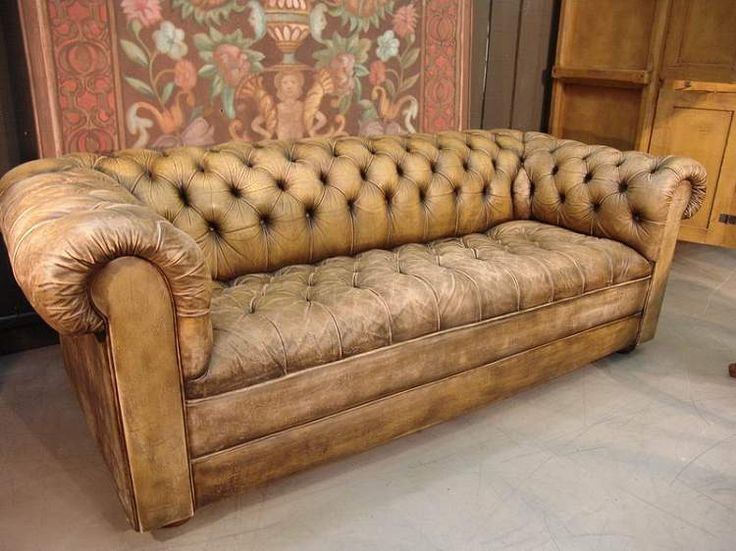 Worn leather sofa sofas pinterest vintage chesterfield sofa and leather Leather chesterfield loveseat