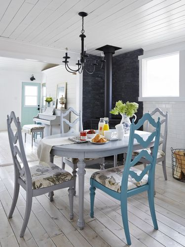 297 best images about dining rooms on pinterest home for Country dining room color ideas