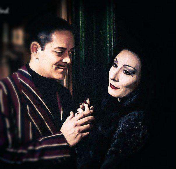 Gomez and Morticia 1991 | Gomez and morticia, Addams