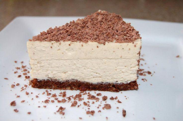 [Recipe] Raw, Vegan, Paleo Vanilla Bean Cheesecake on Brownie Crust