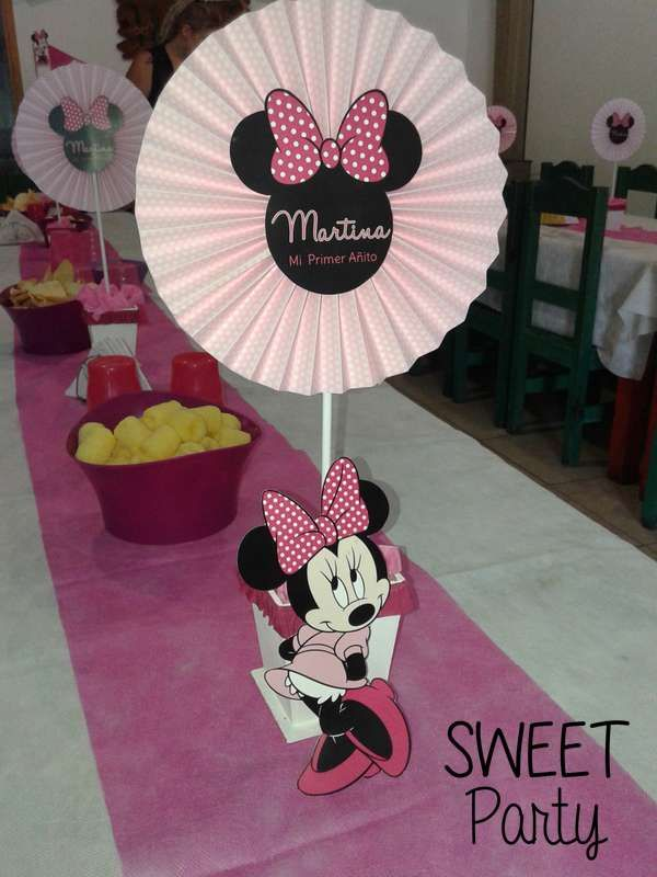 Mickey Mouse / Minnie Mouse Birthday Party Ideas | Photo 30 of 37 | Catch My Party
