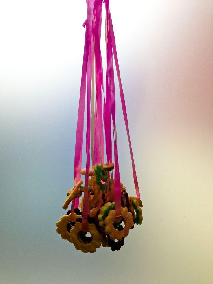 Biscuits necklaces