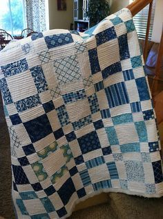 Nice quilt, plus I like the way the basically simple quilting works. There is a tutorial for the quilting on the Blog.