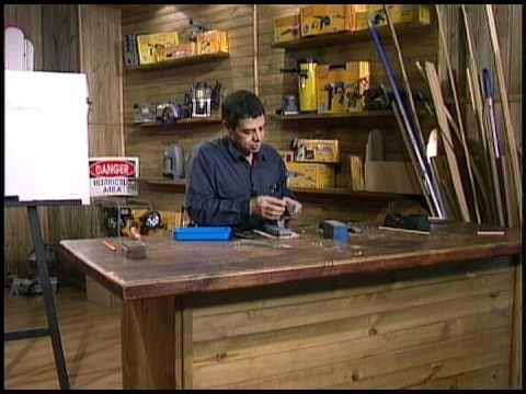 John Jairo nuestro experto de DURAMEN nos enseña como afilar las herramientas usadas en carpinterìa