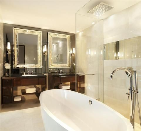 OopsnewsHotels - The St Regis Bangkok. The St Regis Bangkok is situated in Bangkok and is close to the area's popular attractions. It offers free Wi-Fi, an outdoor pool and a Jacuzzi.