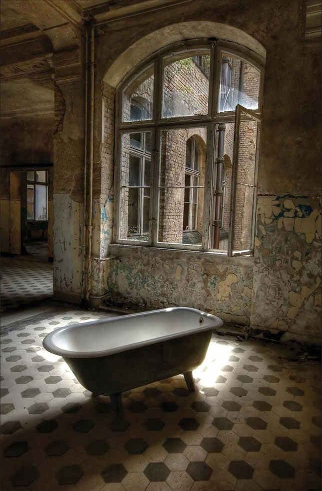 17 Best images about Abandoned sights on Pinterest ...