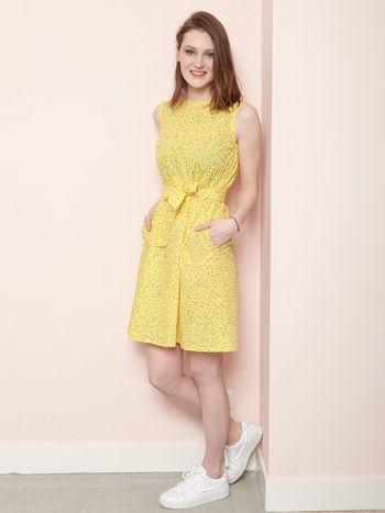 Jurk Flo geel Designed by Dressd by Ellen Benders