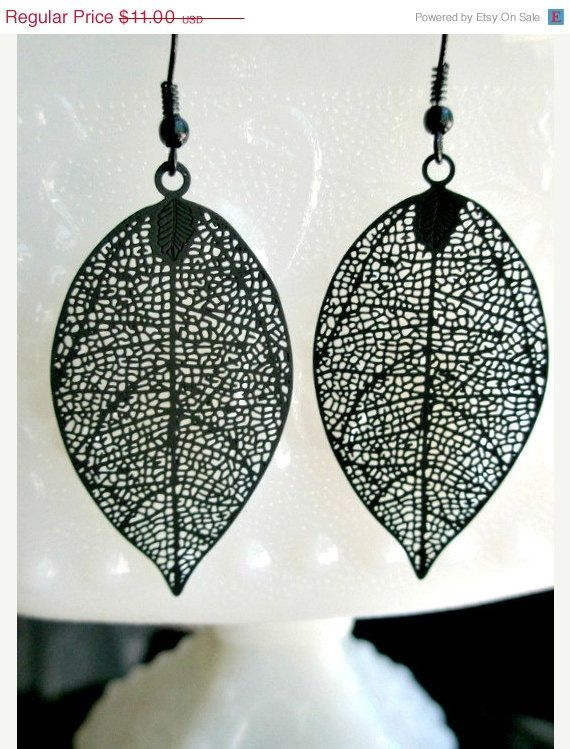 Black filigree leaf earrings- Black earrings- Filigree ...