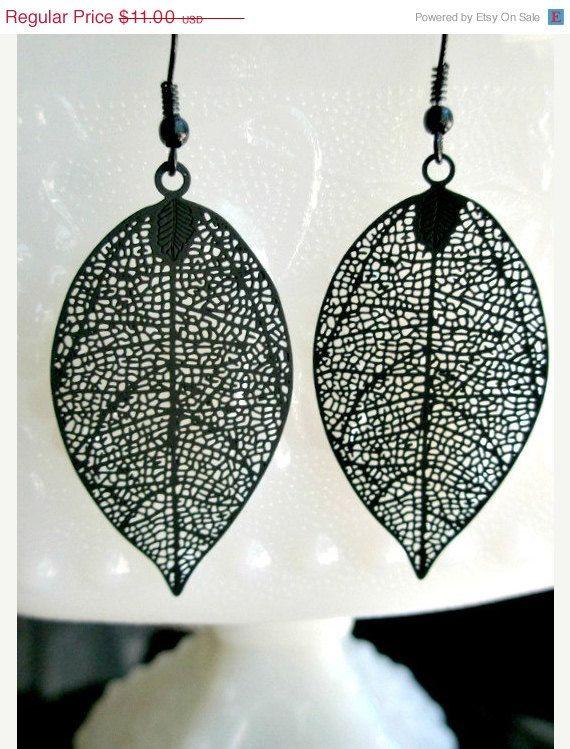 Black filigree leaf earrings- Black earrings- Filigree ...