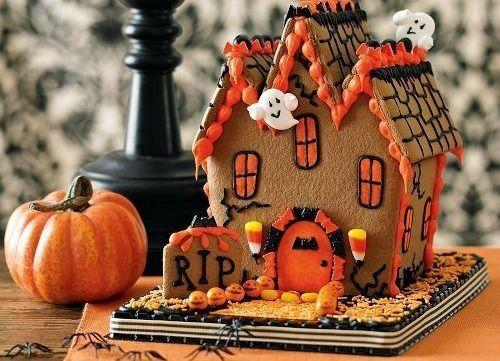 Fantastically creative, fun, adorable Halloween Gingerbread Haunted House.