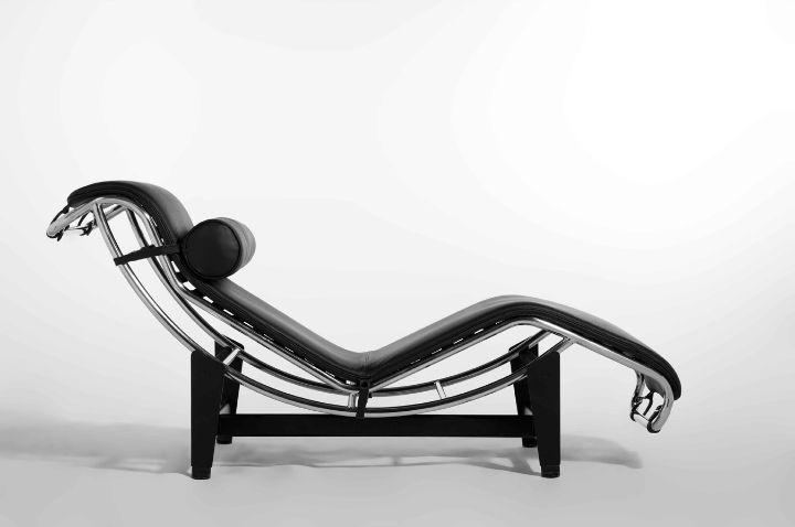 Poltrona chaise longue di Le Corbusier: la vera macchina per riposare