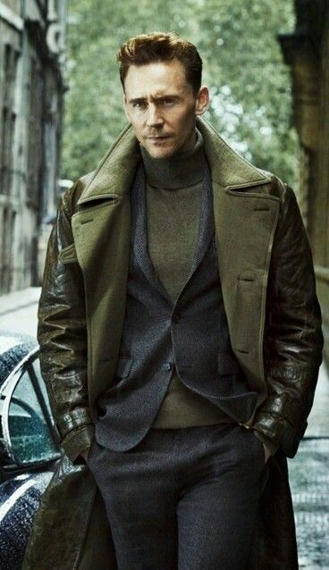 I want that coat. That coat is pretty. It also looks really warm, especially if Tom Hiddleston just wore it.