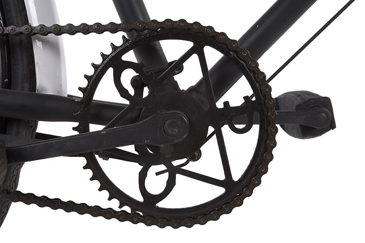 The chain wheel of an Inspector's Bicycle, with the initials GPO (General Post Office) worked into the design.