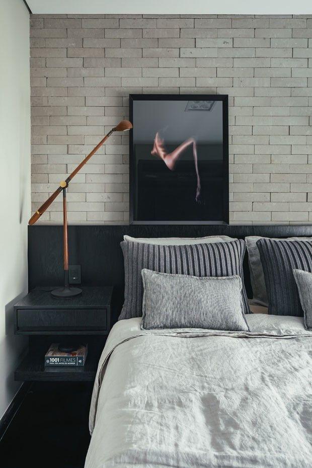 Decoração cinza e tijolinhos marcam apartamento de 80 m² (Foto: Divulgação)