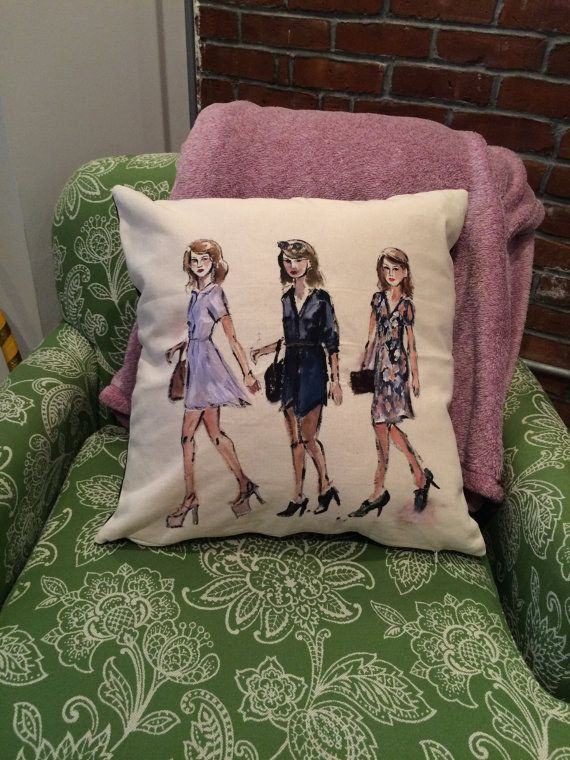 T. Swift Pillow Case | Community Post: 13 Fabulous Gifts For The Taylor Swift Fan In Your Life