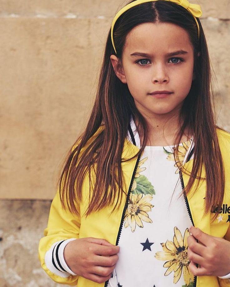 """""""Mi piace"""": 61, commenti: 4 - Maëlie (@maeliegirl) su Instagram: """"☀️ In questa Primavera Estate la moda per i bambini ci regala la sua massima espressione colorata e…"""""""