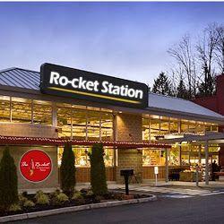 Paket Premium Ro-cket Pizza Franchise. Learn more at: http://www.rocketpizzaindonesia.com/franchise