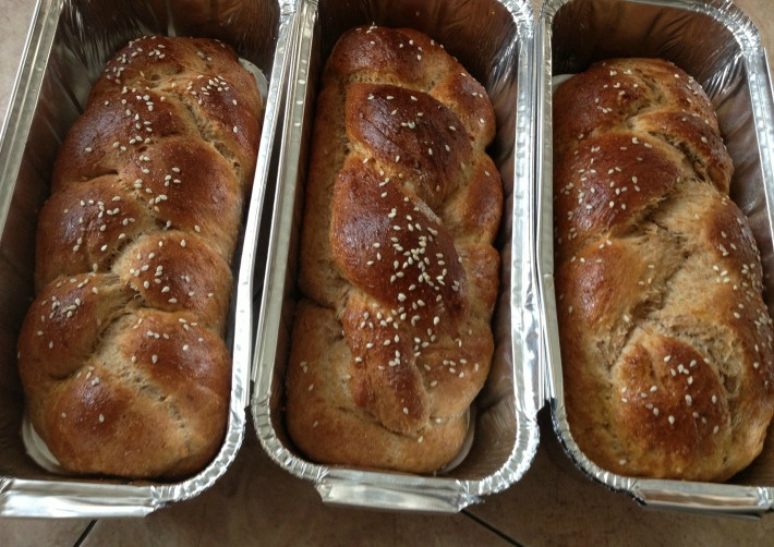 Sweet whole wheat challah