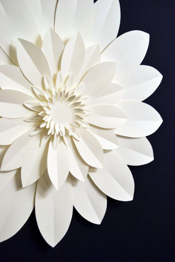Fiore di carta extra-large per decorazione wedding di comeuppance