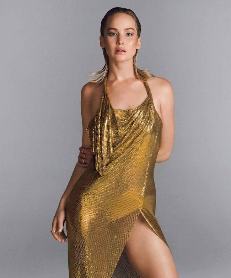 Jennifer Lawrence Hot Sexy Boobs Cleavage SideBoob Ass Legs Leg-Bomb