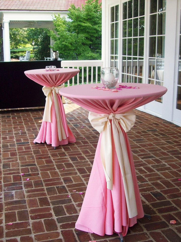 Dressed High Top Tables With Simple Centerpieces On The
