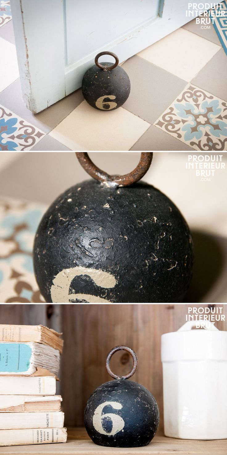 Briefbeschwerer oder Türstopper im Shabby Chic Style passt gut zu historische Treppenhausfliesen