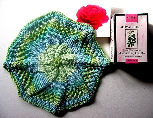 knitted washcloth by inkberryblue, via Flickr