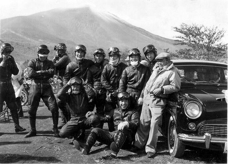 昭和32年浅間火山レース 秋山さんとスピードクラブの面々