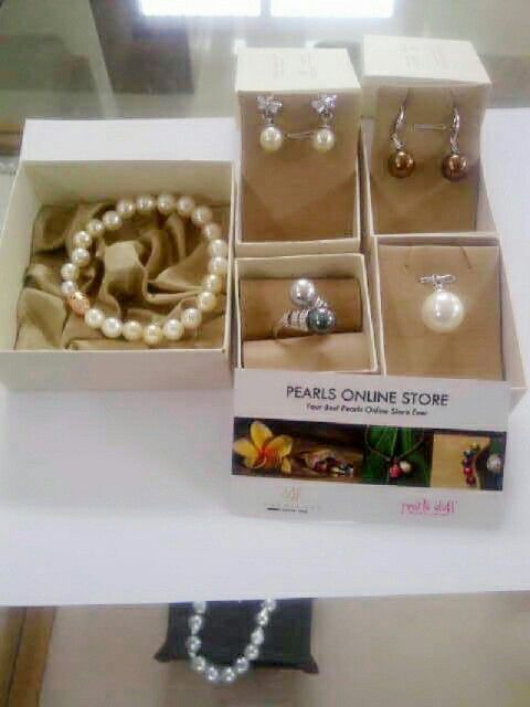 We are selling the best Southsea, akoya, tahitian and Freshwater pearls with certificate of authenticity and affordable price. Pearlsolstore.com/r/almyruzni