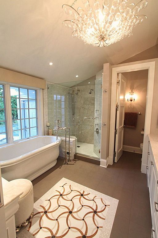 17 best images about amazing bathtubs on pinterest for Amazing master bathroom designs