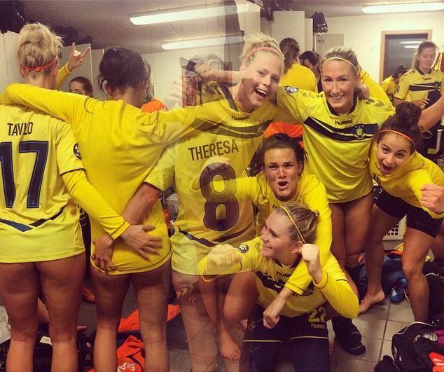 «Брондбю» в стиле ню. Как женская футбольная команда сводит с ума весь мир - Блог Кириленко Никити - Советский Спорт