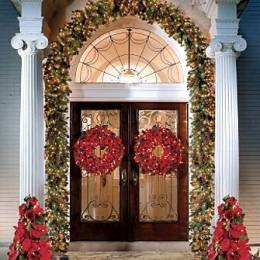 Image detail for -Frontgate Estate Outdoor Pre-lit Christmas Garland - 6'' - 6 ...
