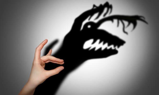 Strach má v našom živote svoje opodstatnenie. Má nás chrániť pred bolesťou, ktorú sme zažívali v minulosti a pred nebezpečnými situáciami.    Ale čo ak nám v dnešnom svete strach až tak nepomáha, ale nás skôr brzdí?    Bojíme