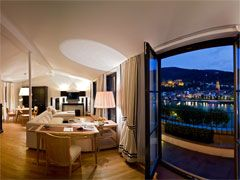 I always dreamed of staying at the Heidelberg Suites hotel, but that view is definitely one of my favorite of anywhere on earth (so far :)).