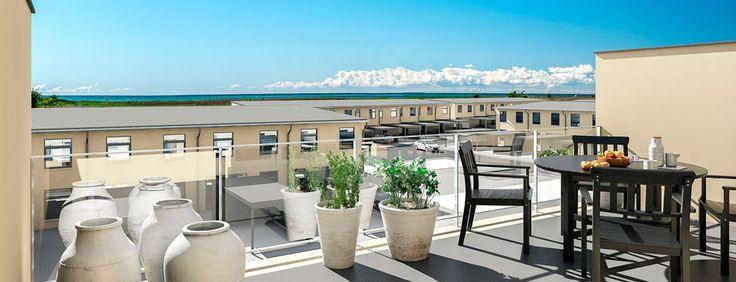 Dragør, Rækkehuse i 2 og 3 plan - Lind og Risør.   Det er yderst sjældent at der kan anlægges nye rækkehus bebyggelser så tæt på badestrand, og alle kommunens øvrige faciliteter.  Projektet forventes udbudt til salg i efteråret 2016.