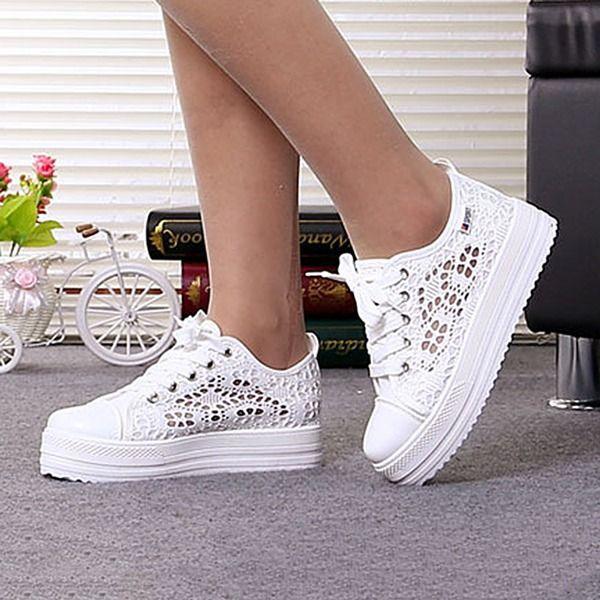Chunky heel shoes, Low heels