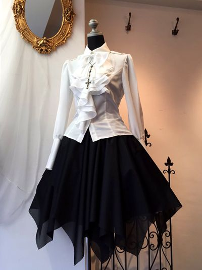 Gothic dress - I don't care if this is supposed to be a costume. I'm wearing this everyday if I can.