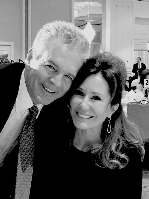 Tony Denison and Mary McDonnell                                                                                                                                                                                 Más