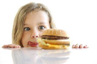 Μικρή Αγκαλιά: 17 Κανόνες για την αποφυγή της παχυσαρκίας