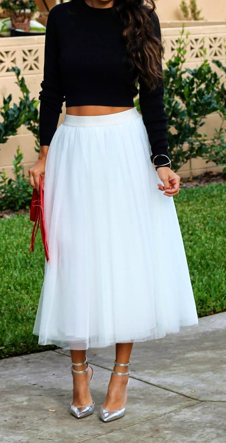 how to rock the tulle skirt this holiday season!