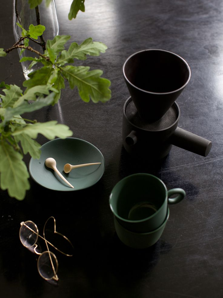 Ceramic plate and cups by Johanna Ojanen, wooden spoons by Antrei Hartikainen and ceramic pot by Walters&Luhtasela