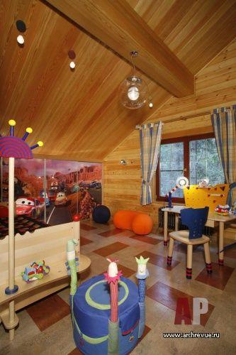 Дизайн интерьера загородного деревянного дома для молодой семьи | Пробковое покрытие пола, выбранное для детских комнат, обладает низкой теплопроводностью. Всегда теплое на ощупь, оно просто зовет пройтись по нему босиком. Пробка Wicanders, компания «Корк Центр»