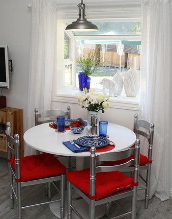 tiny dining rooms on pinterest small dining small dining rooms