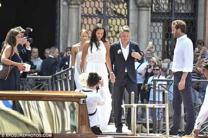Manchester United footballer Bastian Schweinsteiger marries tennis ace Ana Ivanovic at glamorous event