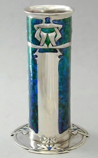 Art Nouveau - Vase Cylindrique - Argent et émail - Archibald Knox
