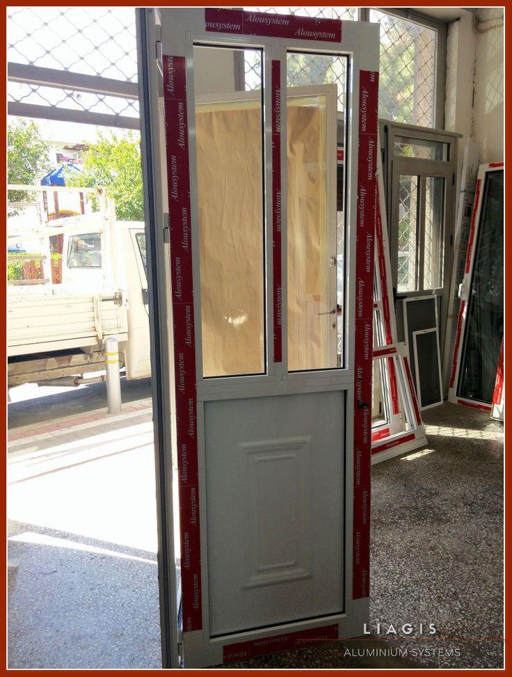 Κουζινόπορτες ΑλουμινίουΚατασκευάζουμε και τοποθετούμε κουζινόπορτεςαλουμινίουμε δυνατότητα επιλόγωνόπως: ανακλινόμενα παράθυρα , θερμοδιακοπή, ή ηλεκτρ