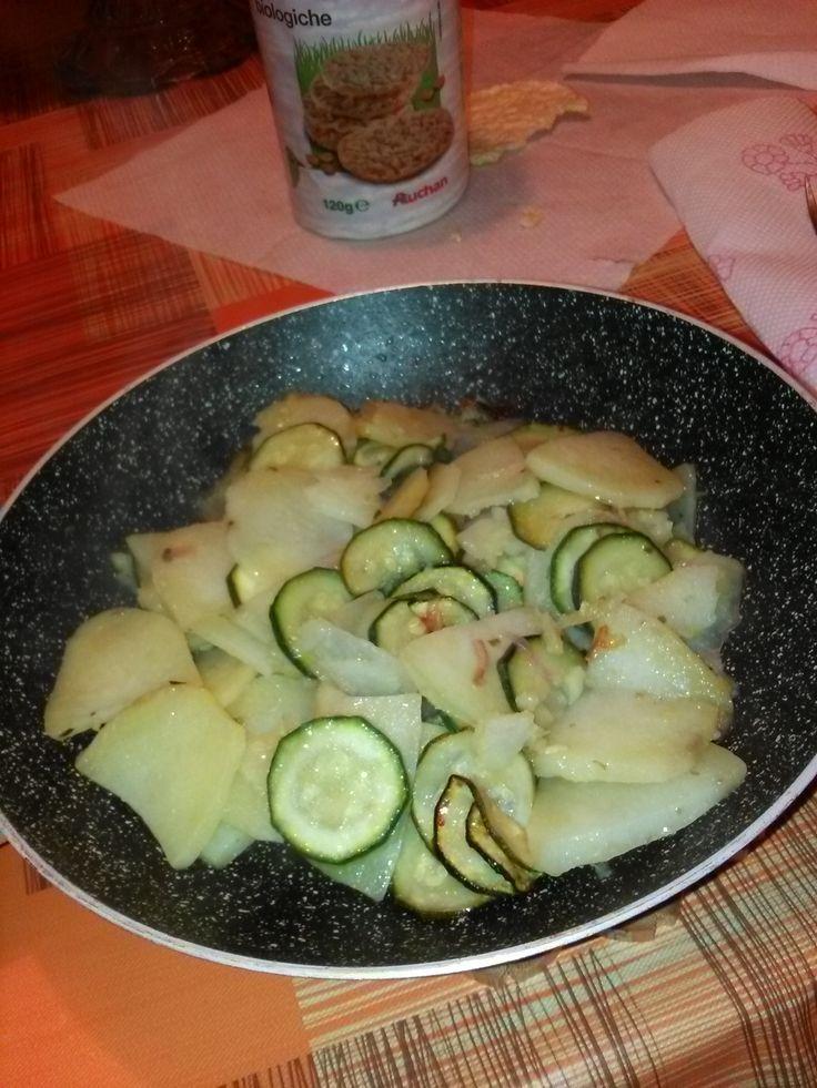 Contorno+di+zucchine,+patate+e+cipolla+rossa+home-made