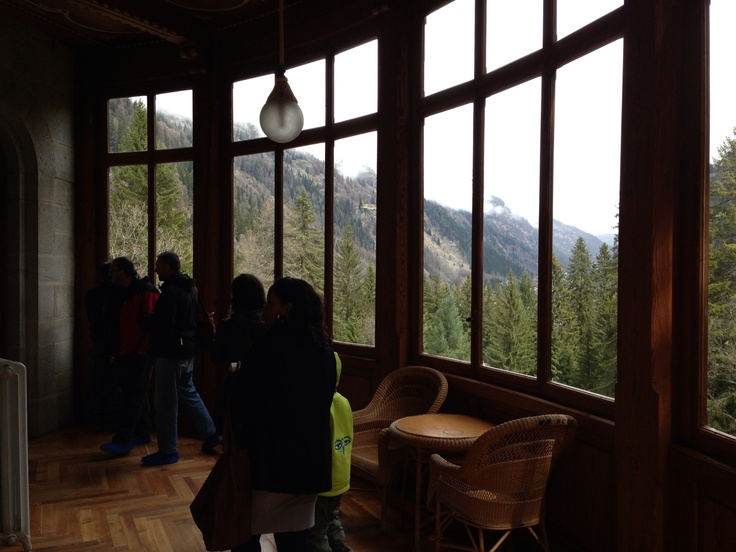 Belvedere: la veranda panoramica #invasionidigitali #gressoney #castelsavoia #invasionecompiuta