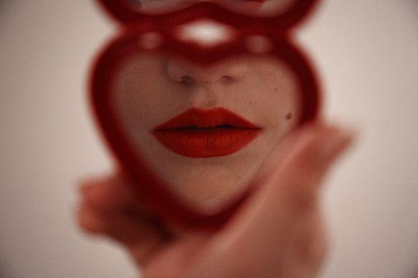 tyler shields - Heart Shaped Mirror