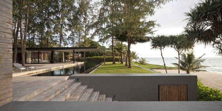 Courtesy of Duangrit Bunnag Architects